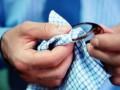 پاک کردن شیشه عینک در ۵ گام ساده